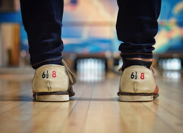 Five Tips To Improve Your Bowling Score